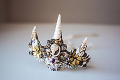 Ozdoby do vlasov - Glitrovaná korunka z mušlí vhodná na festival - 10593443_