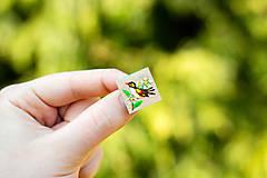 Odznaky/Brošne - Ručně malovaná brož s ptáčkem - mini - 10598460_