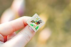 Odznaky/Brošne - Ručně malovaná brož s ptáčkem - mini - 10598462_