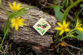 Odznaky/Brošne - Ručně malovaná brož s ptáčkem - mini - 10598457_