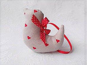 Dekorácie - Birdie in love (beige with red hearts) - 10595699_