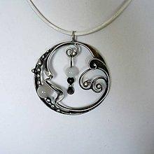 Náhrdelníky - Stříbrný měsíc - měsíční kámen, onyx - 10596841_