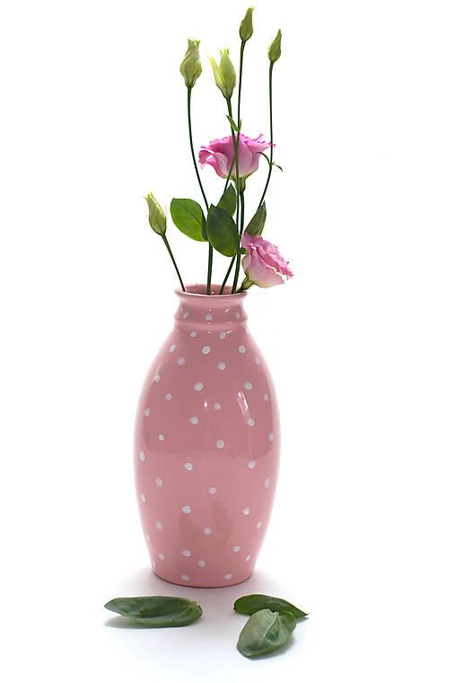 Ružová baňatá vázička