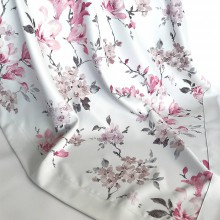 Úžitkový textil - dekoračné a kuchynské obrusy magnolie na jemnom sivom - 10598112_