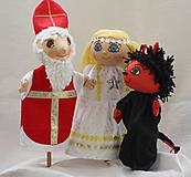 Maňuška. Vianočná trojica - anjelik, čertík a svätý Mikuláš