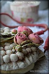 Kabelky - Béžová so staroružovými ružami - 10598912_