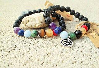 """Náramky - Čakrový  náramok s lávovým kameňom s príveskom """"OHM"""" alebo s achátom a swarovskeho krištáľmi - 10596595_"""