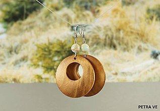 Náušnice - Drevené náušnice s prírodným kameňom - 10597114_