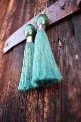 Náušnice - Temnotmavo-zelené strapce - 10597329_