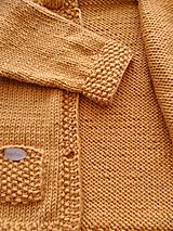 Detské oblečenie - Horčicový kabátosvetrík, dlhší sveter - 10597075_