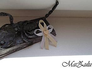 Pierka - Svadobné pierko s dreveným srdiečkom - 10600818_