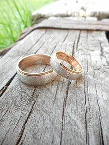 Prstene - Matované s ružovým pásikom - 10600782_