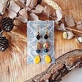 Elegantné náušnice s keramickými lístkami, ruže, žltá, tyrkys, zlatá