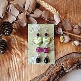 Náušnice - Smotanovo sklenené srdcia s fialovo bordovou, náušnice, striebro - 10601513_