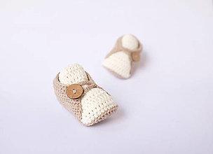 Topánočky - papučky s kokosovým gombíkom (hnedosivé) - 10600365_