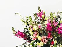 Kytice pre nevestu - asymetrická svadobná kytica zo živých kvetov - 10600413_