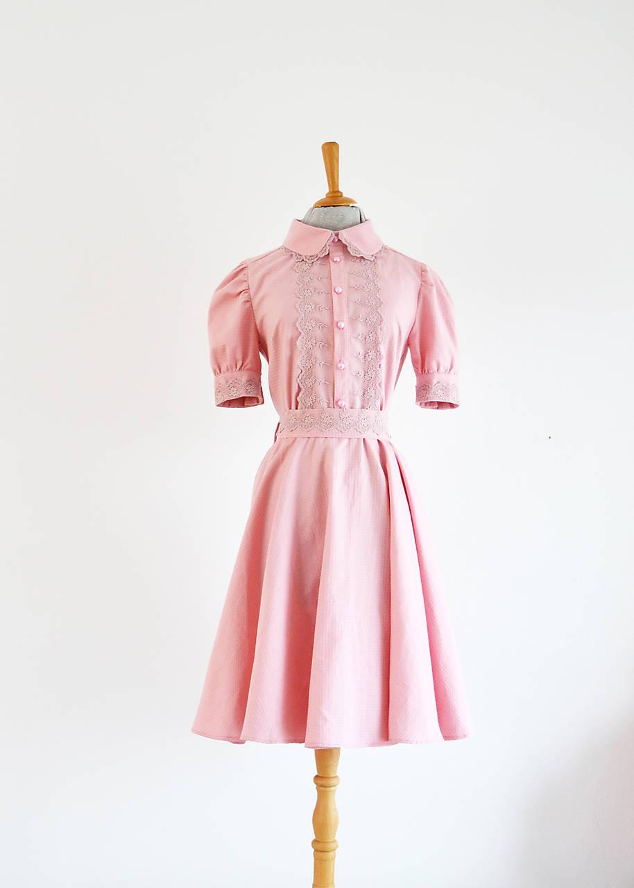 Ružové šaty s romantickou krajkou