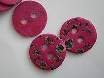 Materiál ručne robený - ružové gombíky - 10605886_