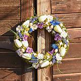 Dekorácie - Veľkonočný venček na dvere - 10603866_