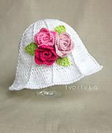 Návody a literatúra - Rozkvitnutý klobúk - návod na háčkovanie - 10603445_