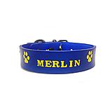 Pre zvieratká - Modrý obojok so žltými labkami a menom - 10603097_
