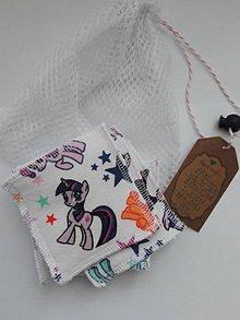 Úžitkový textil - Zero waste odličovacie tampóny *Rozprávkové koníky* sada 7 ks - 10604749_