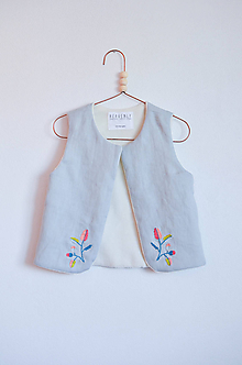 Detské oblečenie - Vesta LINO vyšívaná - 10609827_