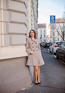 Kabáty - Svetlý plášť - 10607091_