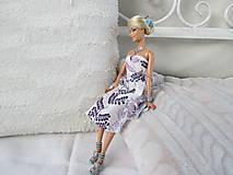 Spoločenské šaty pre Barbie