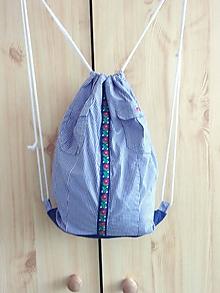 Batohy - Recy šnúrkový batoh z košele - 10613286_