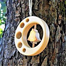 Dekorácie - Drevený zvonček v kruhu - 10611050_