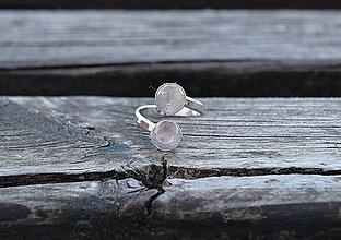 Prstene - Ruženín duo rhodiovaný prsteň Ag - 10610220_