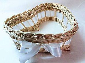 Košíky - Srdiečko menšie (Košíček s bielou stuhou) - 10611737_