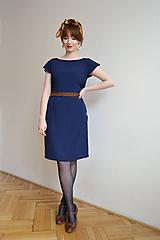 - Tmavomodré šaty s hnedou čipkou - 10612669_