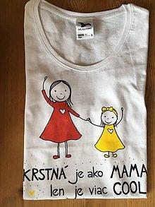 Tričká - Originálne maľované tričko pre KRSTNÚ/ KRSTNÉHO s 2 postavičkami (KRSTNÁ + dievčatko 2) - 10613312_