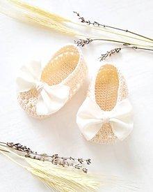 Topánočky - Krémové balerínky so stuhou - 10610322_