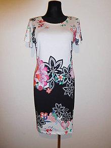 Šaty - S květovanou bordurou - 10613845_