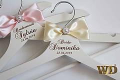 Nábytok - Vešiaky Bride - 10614648_