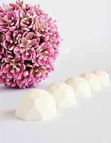 Svietidlá a sviečky - Vonný vosk - MIX očarujúcich vôní - 10614778_