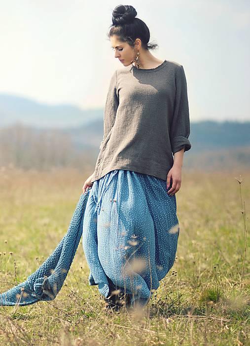 Sukne - Maxi sukně z mušelínu - modrá puntíčková - 10613760_