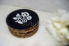 Pomôcky - drevené podložky pod poháre Čierno - biele - 10617775_