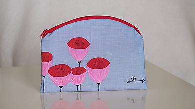 Taštičky - Plátená nie len kozmetická taštička ručne maľovaná- kvety v rozkvete - 10616779_