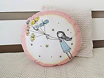 Textil - Vankúšik - lietajúce dievčatko ružové - 10616832_