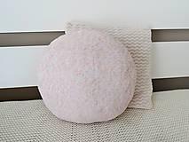 Textil - Vankúšik - lietajúce dievčatko ružové - 10616833_