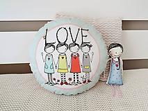 Úžitkový textil - Vankúšik - LOVE - 10616872_