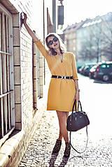 Šaty - Žlté úpletové šaty - 10617861_
