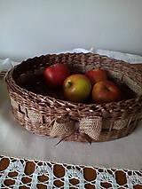 Košíky - Oválna ošatka zdobená jutovou stuhou - 10617259_