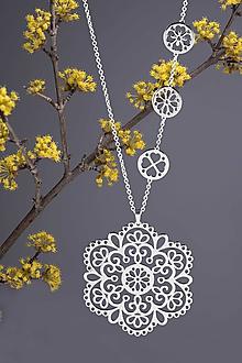 Náhrdelníky - Prívesok FOLK ornament margaréta - 6cm - chirurgická oceľ/pozlátené - 10619461_