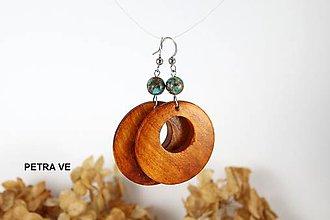 Náušnice - Drevené náušnice s prírodným kameňom - 10619564_
