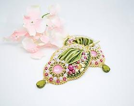 Náušnice - Vyšívané náušnice s hodvábom Shibori, Zelená/ružová - 10625848_